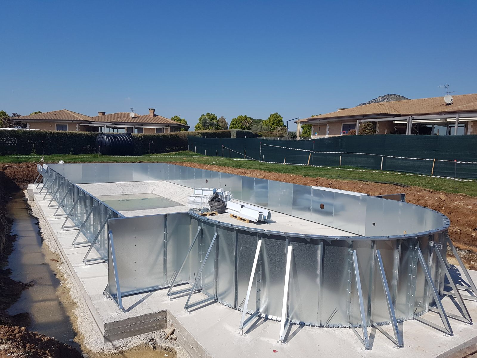 Costruzione piscine Terracina